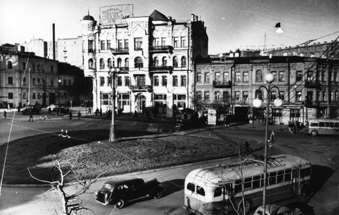 Площадь Льва Толстого, 1951-й год