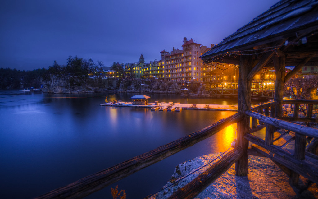 Mohonk Winter Arrives: Gold and Blue