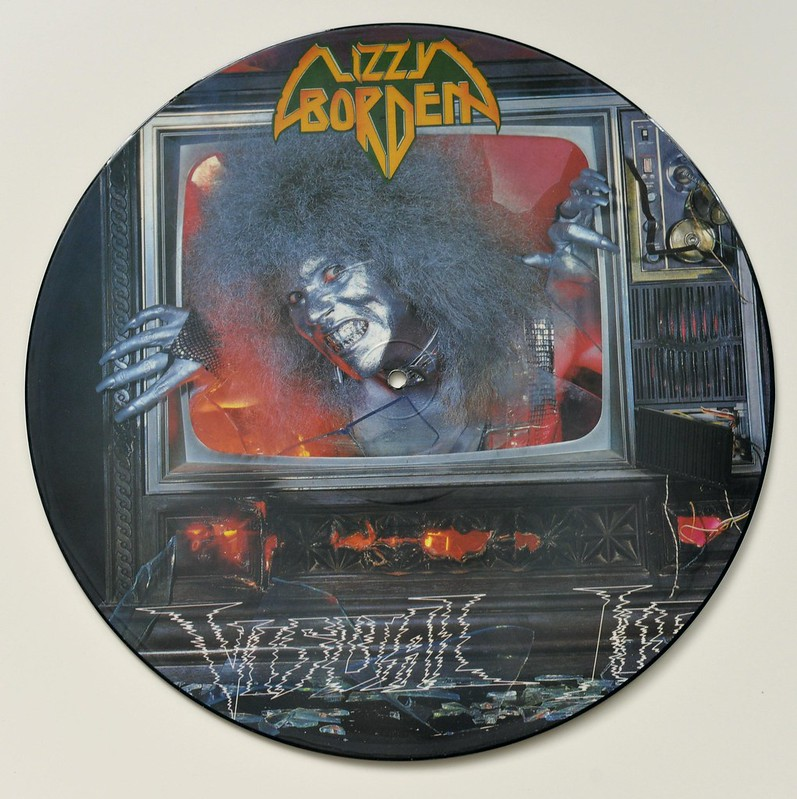 A0523 LIZZY BORDEN Visual Lies Picture Disc