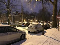Voitures sous la neige