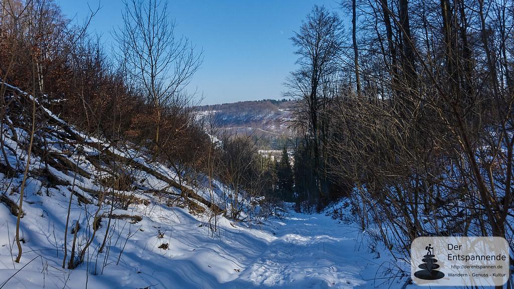 Wandern Schwäbische Alb: Abstieg nach Oberkochen