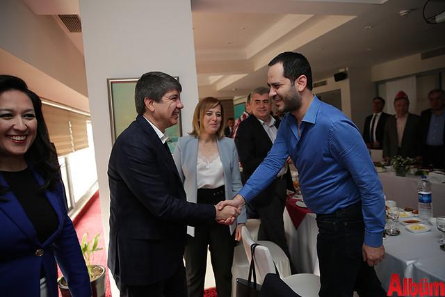 Antalya Büyükşehir Belediyesi Başkanı Menderes Türel 'Dostlar Meclisi'nin konuğu oldu-4