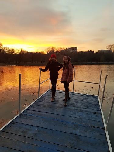 friends bucharest românia sector3 ior titan sunset children bestfriends galaxys8 samsung apus lake
