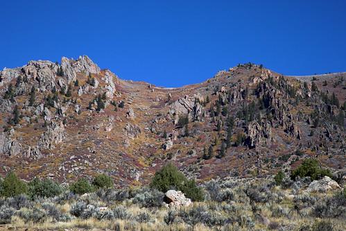 fallcolors sagebrush juniper gambeloak sumac rockformations ridge fall autumn colorado earthnaturelife wondersofnature coth coth5 ngc