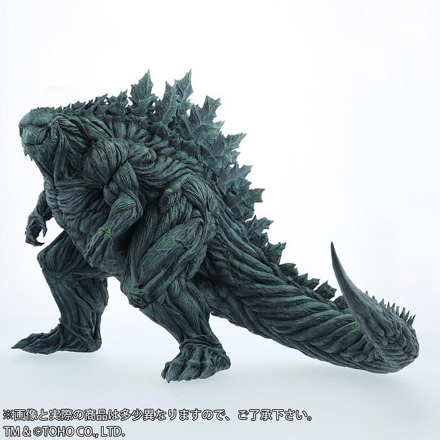 君臨地球2萬年的「究極存在」!X-PLUS 東寶30cm系列《GODZILLA 怪獸惑星》哥吉拉(ゴジラ・アース)一般版