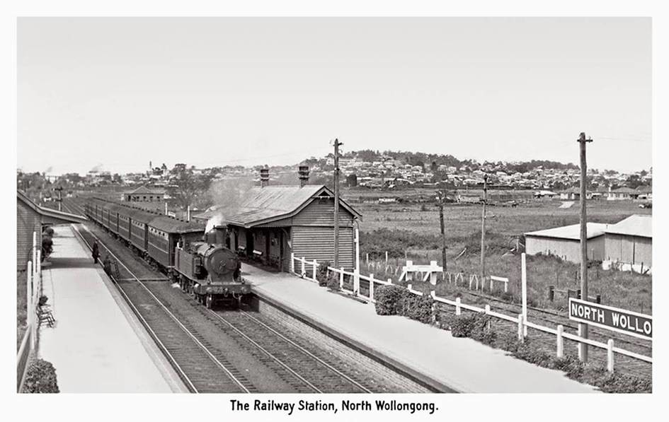 30 Class pass, Railway Station, North Wollongong, NSW by dunedoo