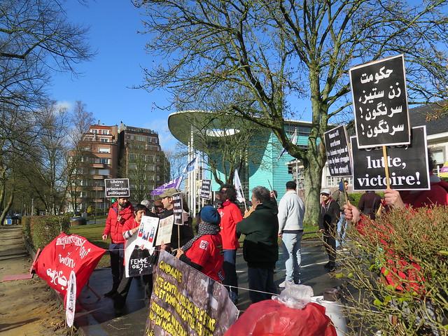 8 maart - actie aan Iraanse ambassade in Brussel // Mario