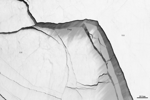 Extensive Ice Fractures in the Beaufort Sea [detail]