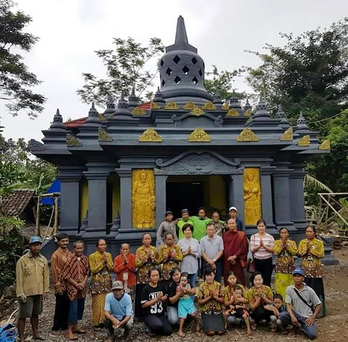 Renovation at Gili Village Temple(Courtesy of DEV)