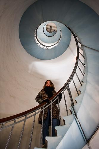 Lighthouse vertigo #nikonphotography #nikond3400 #nikontop #nikon #lyngvigfyr #visitdenmark #hvidesande #hvidesandedk #fyrtårn #lighthouse #urban #vertigo #stairs #architecture