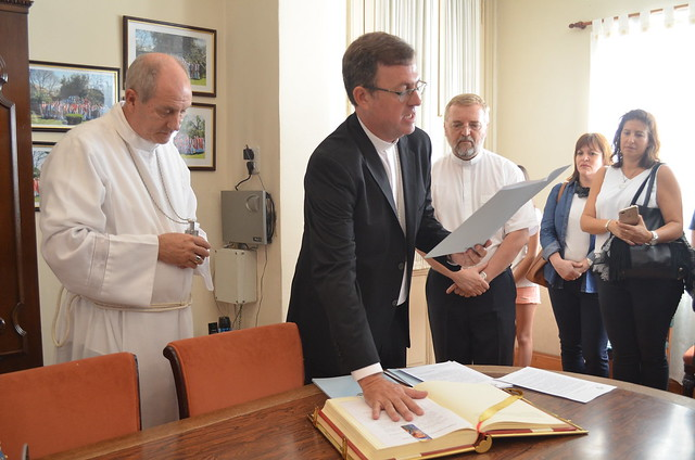 Ordenación episcopal de monseñor García Cuerva: profesión y juramento