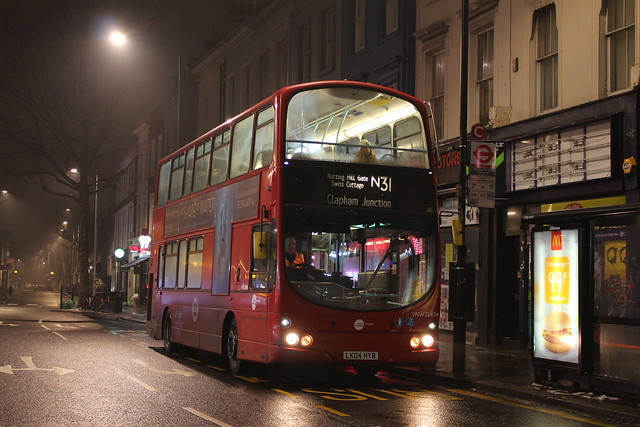 Tower Transit VNW32424 on Route N31, Notting Hill Gate