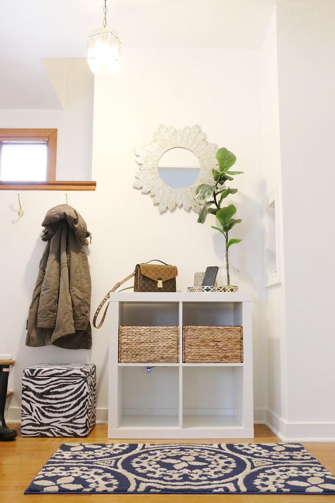 entry-way-home-foyer-decor-8