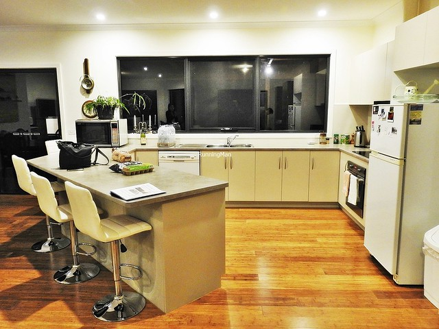 Country Hideaway 02 - Kitchen