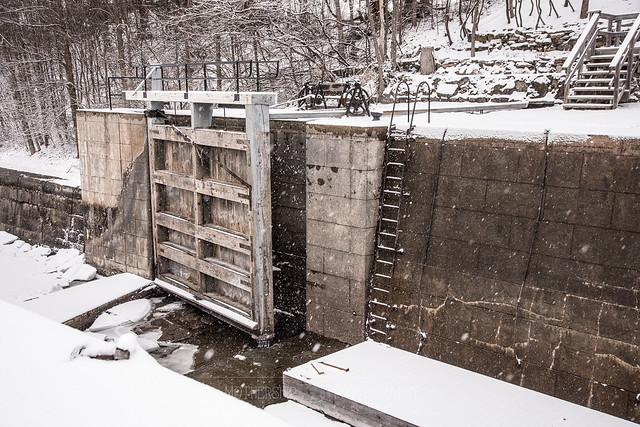 Big door, Long Island Locks, Manotick