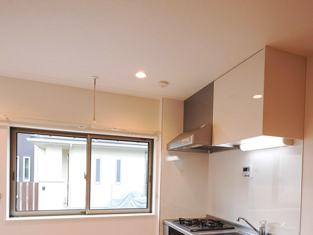 充実したキッチンの設備(上部)