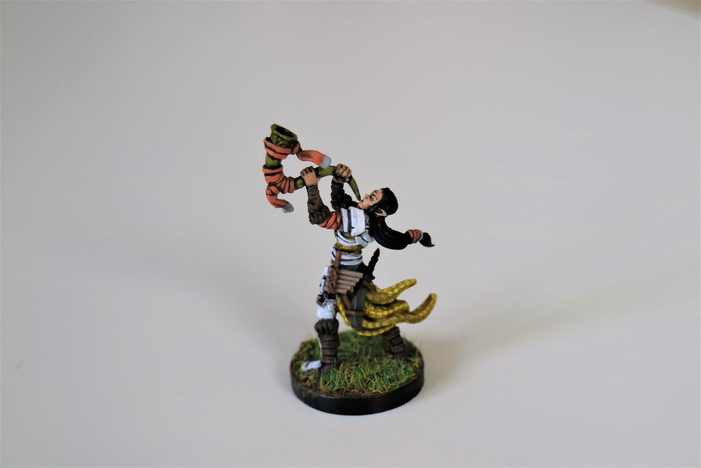 Runewars Miniatures Latari Starling Back