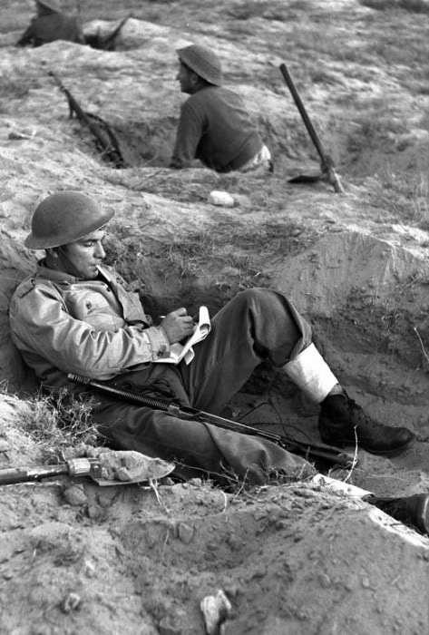 Thompson-M28A1-idf-soldier-rafiah-1956-d2lj-1