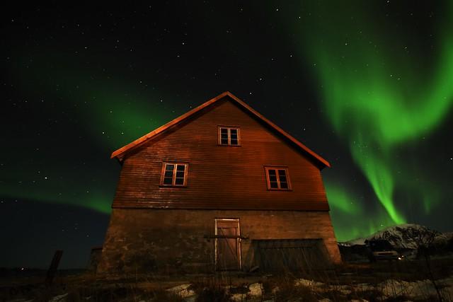 Cabin with aurora