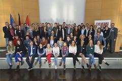 Die Jurorinnen und Juroren bei der Jurysitzung des Schülerzeitungswettbewerbs der Länder 2018 im Brandenburg-Saal.