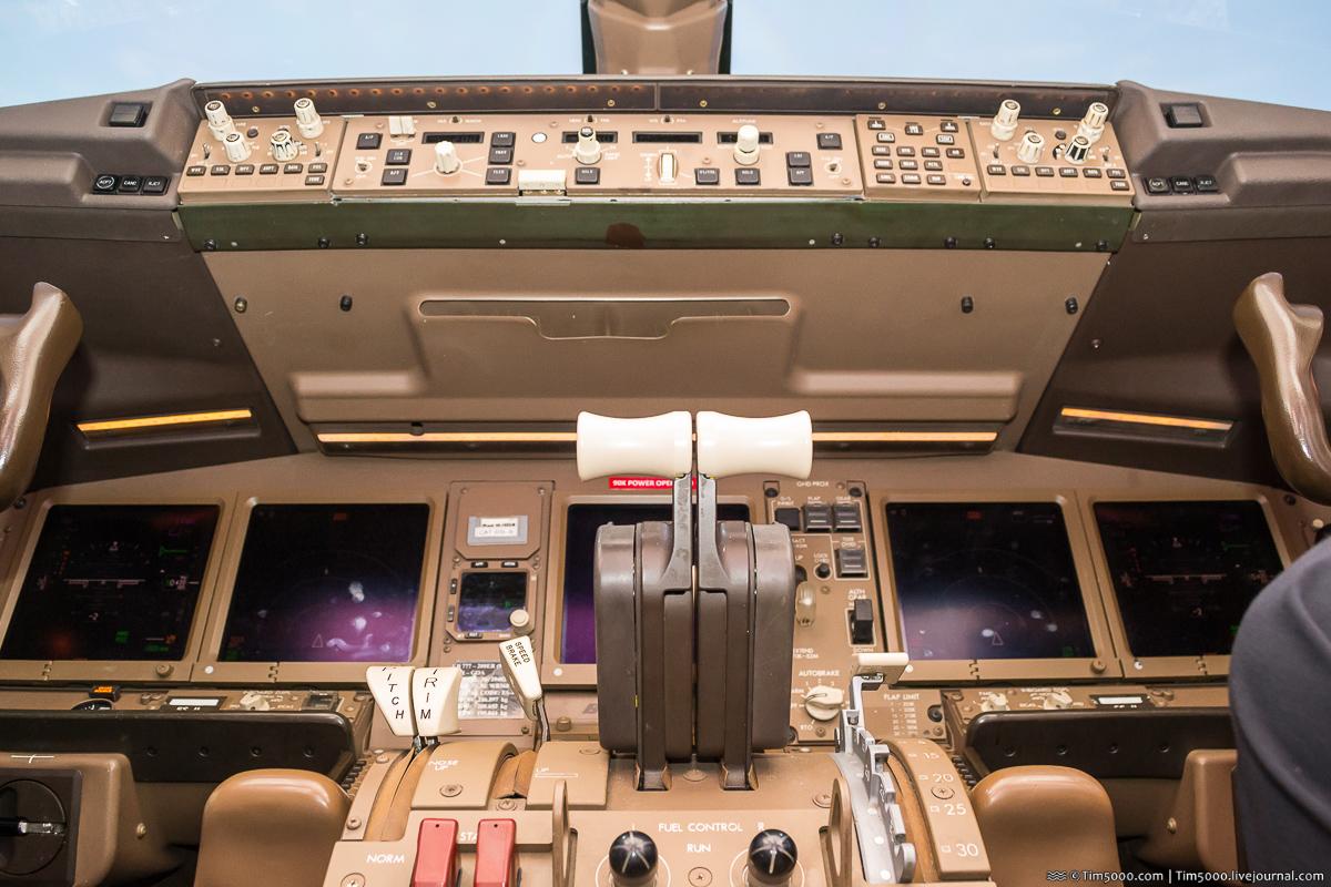 Первый Boeing 777-200ER МАУ