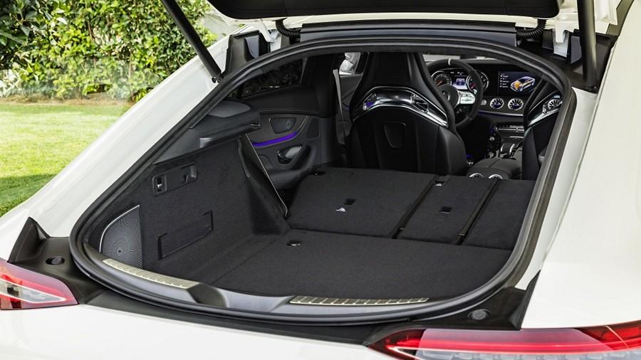 Mercedes-AMG GT 4 4