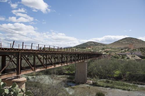 Puente Internacional sobre el Río Muluya