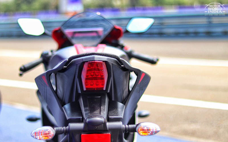 2018 yamaha r15 v3 roadtest review motorworldindiamotorworldindia