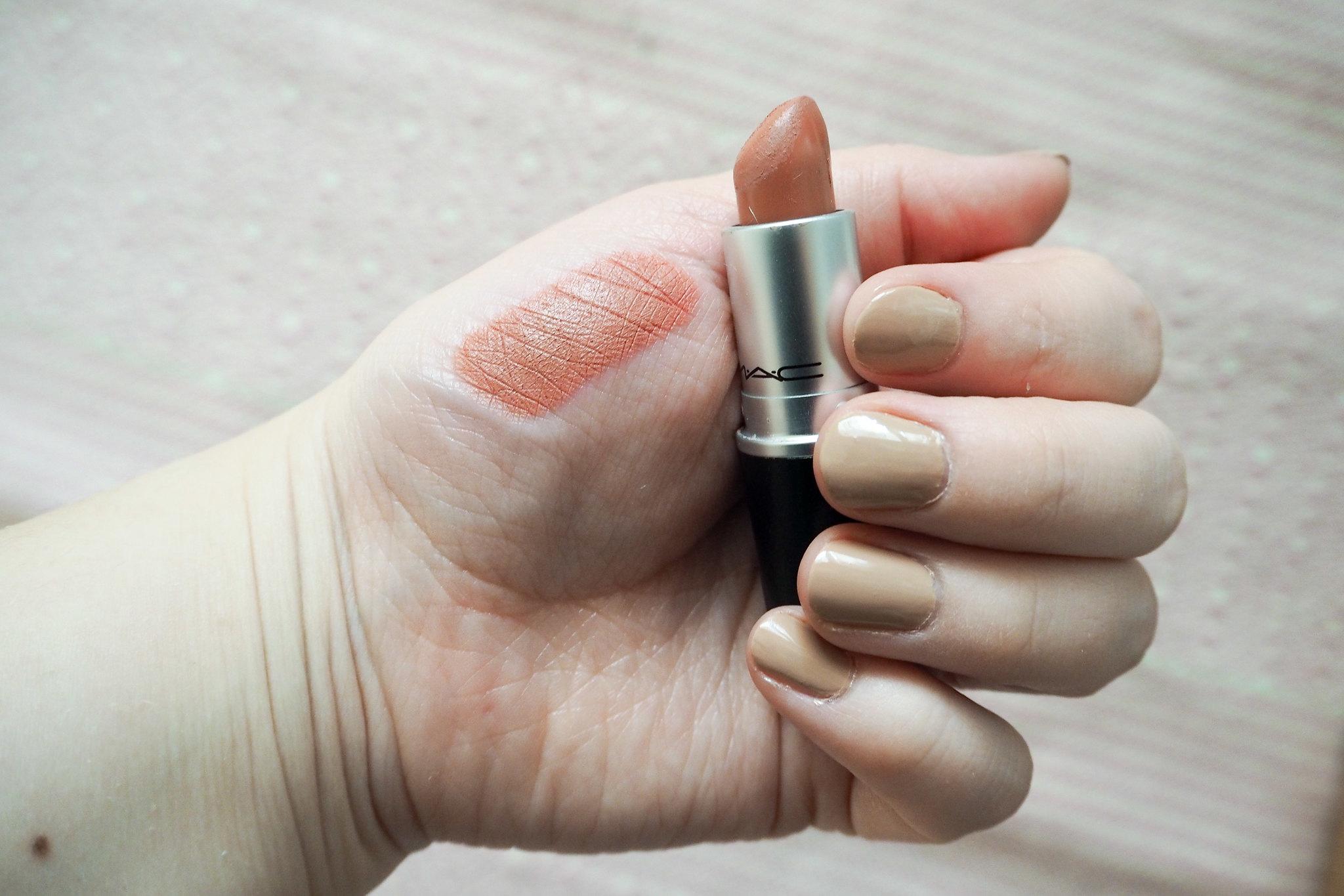 Suosikki huulipunat MAC Kinda Sexy