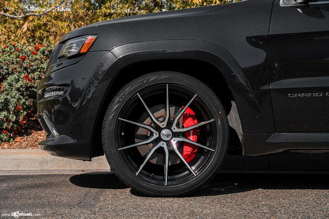 Jeep Grand Cherokee - Brushed Machined Gloss Black Two Tone M652