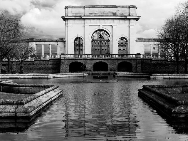 Trent Embankment Memorial Gardens, Panasonic DMC-FZ330