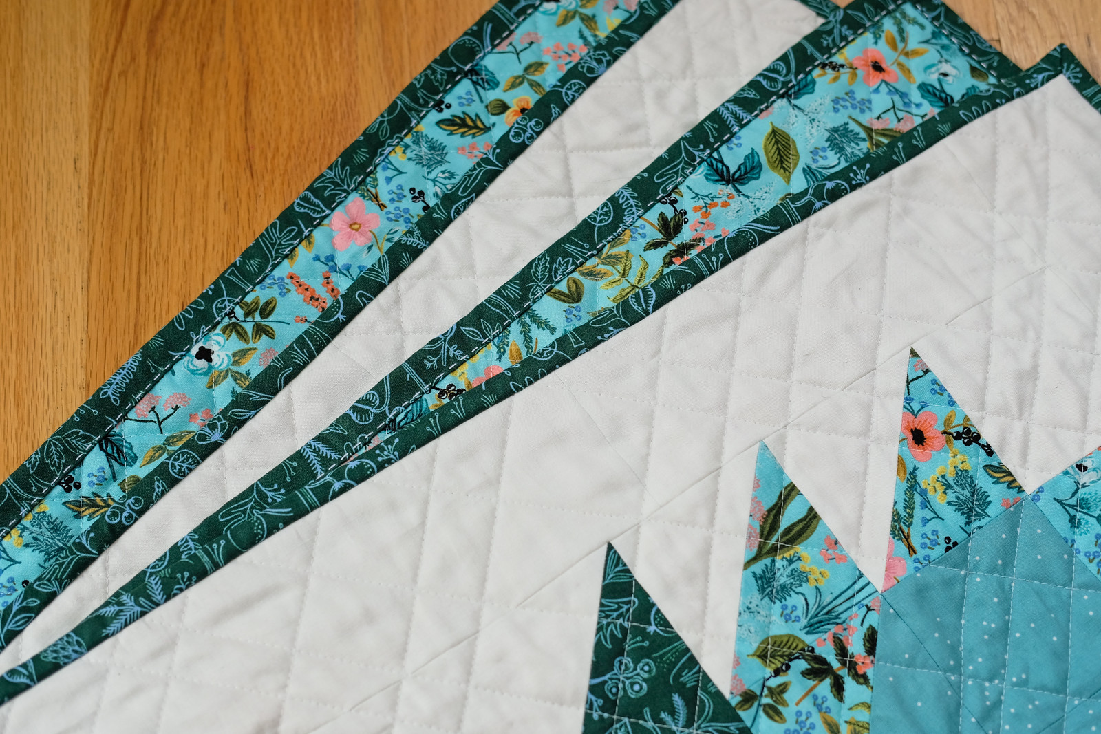 Amalfi Isabella Quilt - Kitchen Table Quilting