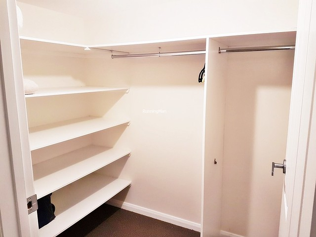 SunSurfnSand 10 - Walk-In Wardrobe