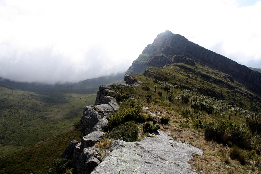 09.Lago-Upper-Ridge