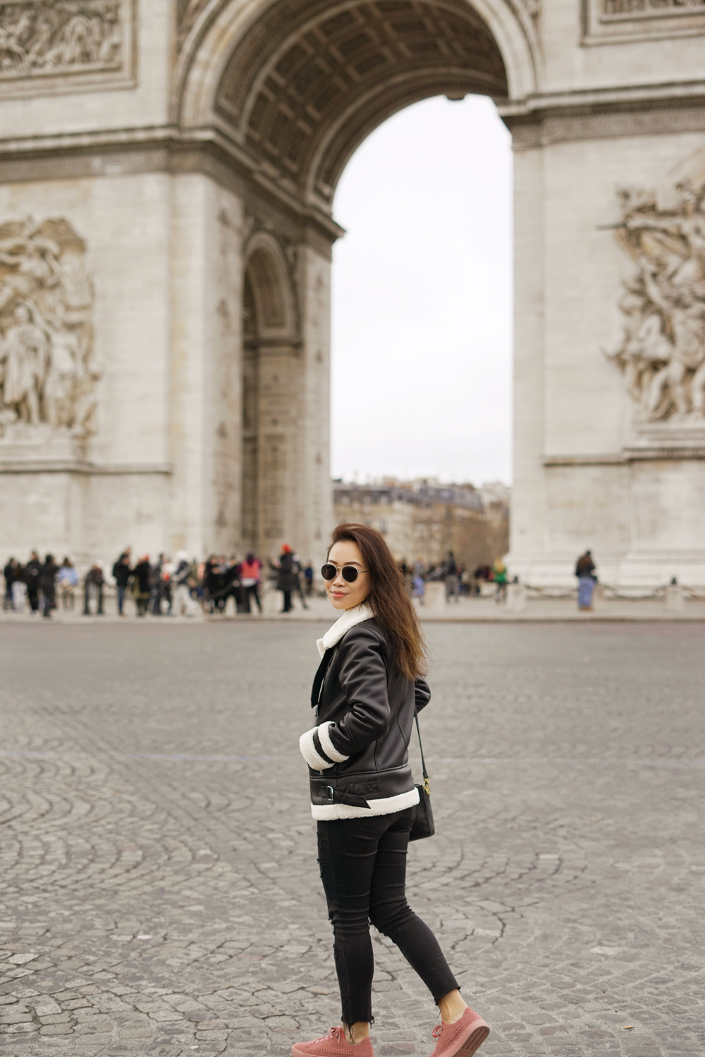 07paris-arcdetriomphe-travel-ootd