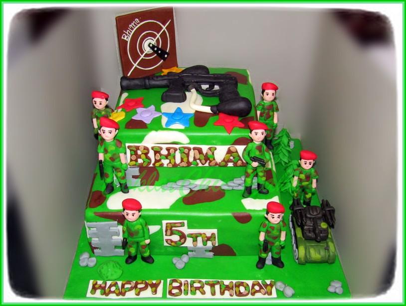 Cake ARMY BHIMA 20 cm + 15 cm