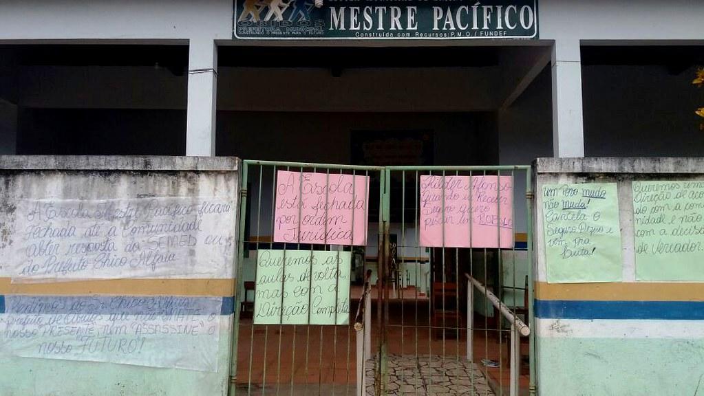 Sem diretor, vice e secretária, escola de Óbidos volta a ser alvo de protestos, Escola Mestre Pacífico, em Óbidos
