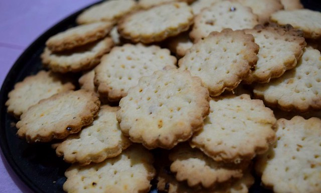 Sourdough Crackers after baking