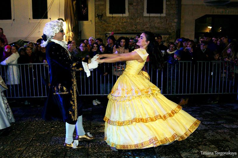 Танец Белль и принца на Закрытии 49 Праздника мимозы