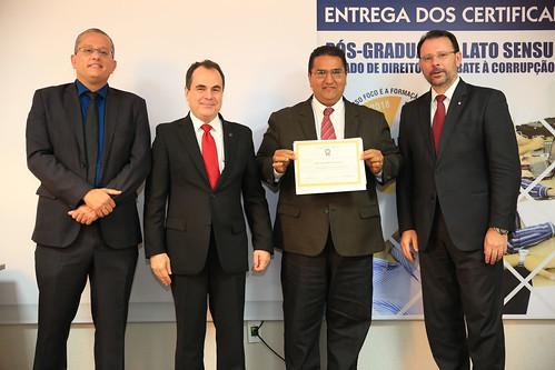 ENTREGA_CERTIFICADOS - PÓS COMBATA A CORRUPÇÃO (29)