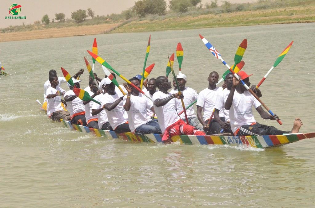 Inauguration d'infrastructures  de base à Mbakhna Par la Fondation SONATEL (137)