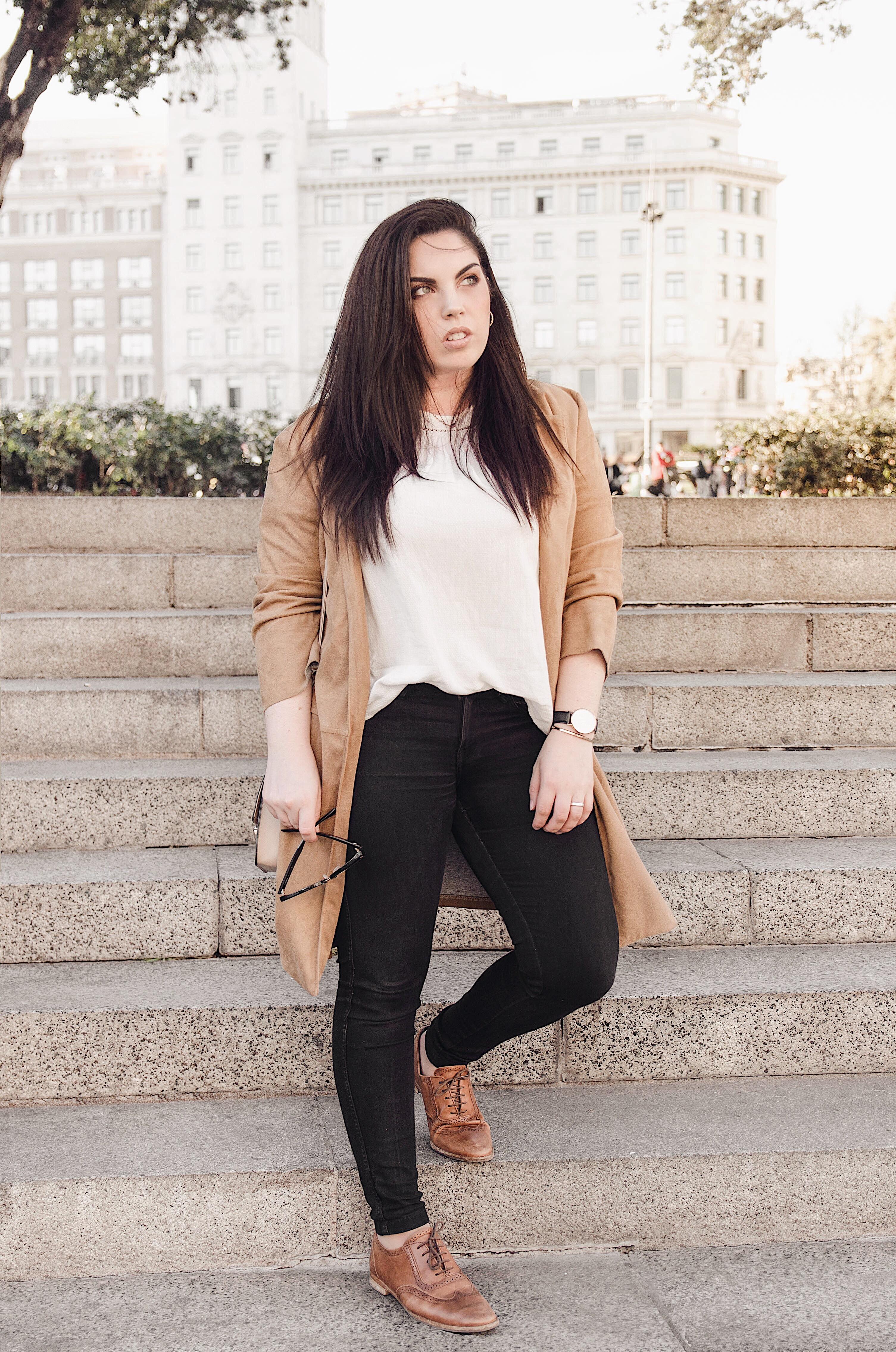Como combinar un look marcando estilo con prendas básicas