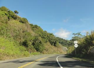 DSC03014 - PR-10 viajando hacia el norte, acercandose a la interseccion con la PR-515 en Barrio Guaraguao, Ponce, PR