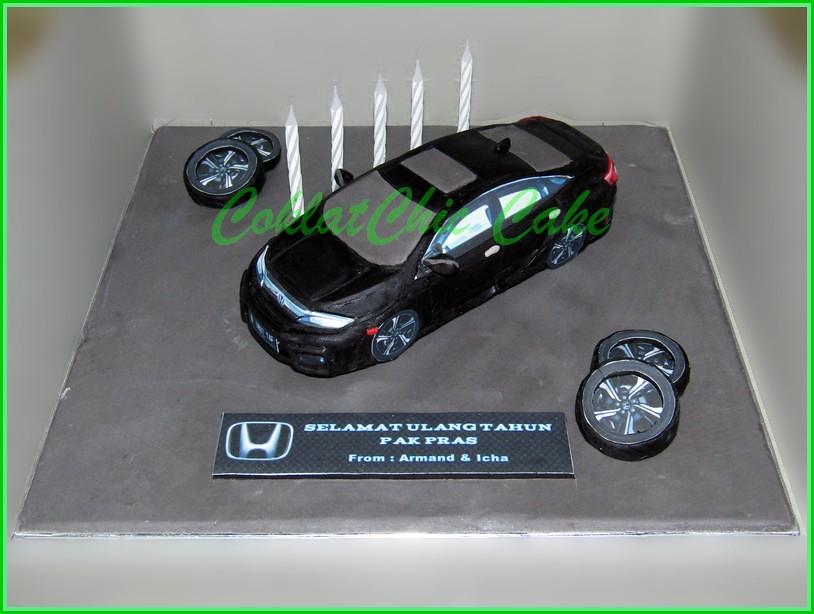 Cake Mobil Honda Civic PAK PRAS 15 cm