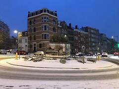 Le rond-point Riga sous la neige d'un autre angle