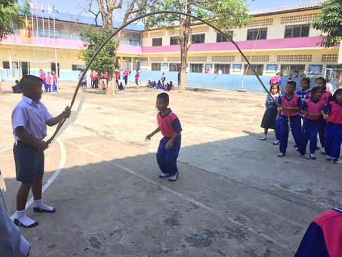 普通班体育课之跳绳