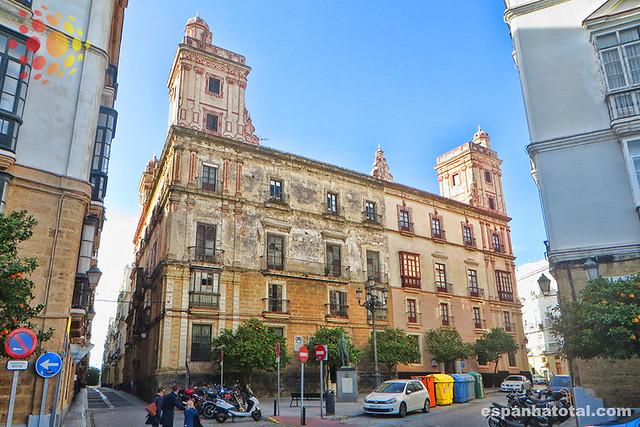onde se hospedar em Cádiz