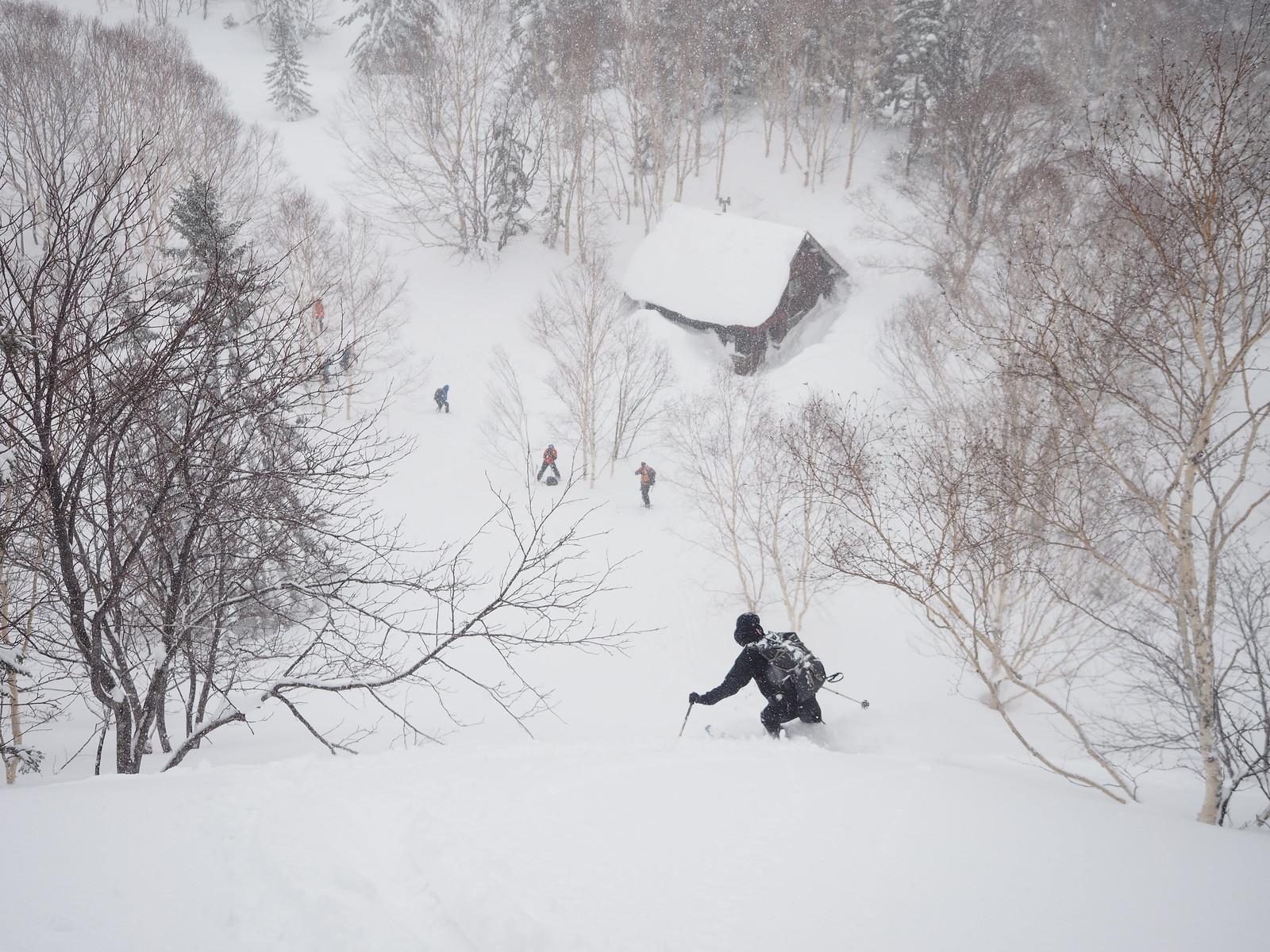 Muine Hut ski touring (Sapporo City, Hokkaido, Japan)