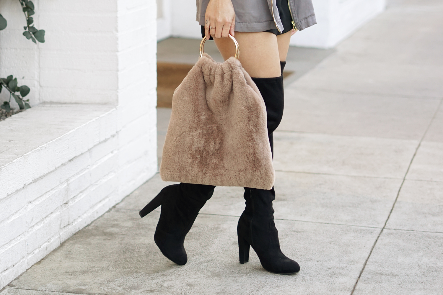 08black-overtheknee-boots-fur-melrose-fashion-ootd