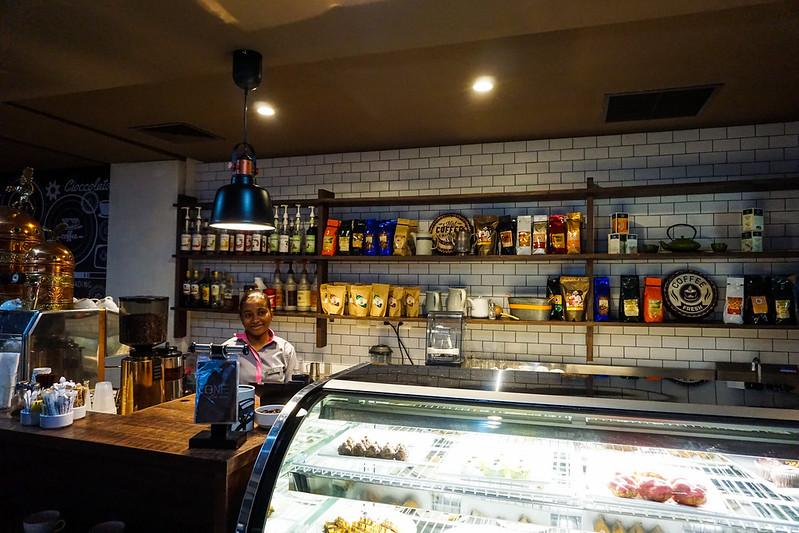 one-cofee-shop-1